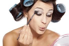 you wear too much eye makeup cat eye makeup