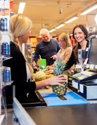Cashier Working Stock Images Download 1 814 Royalty Free