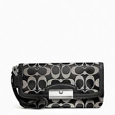 COACH f48980 KRISTIN SIGNATURE SATEEN LARGE FLAP WRISTLET SILVER BLACK  WHITE BLACK