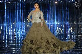 Manish Malhotra Lehenga Designs 2018 Our Favourite Lehengas From Manish Malhotras India Couture