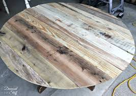Diy round pallet coffee table from pallet ideas. Round Pallet Coffee Table A Diamond In The Stuff
