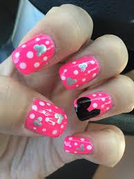 Disney nails, Mickey Mouse, polka dots, hot pink | Nail art ...