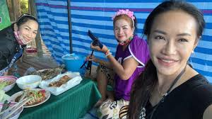 สดตำบักฮุงกับความฮาแม่จำลอง#ลุงพลป้าแต๋นแฟมิลี่ #บ้านกกกอก  #หมู่บ้านยูทูปเบอร์ - YouTube