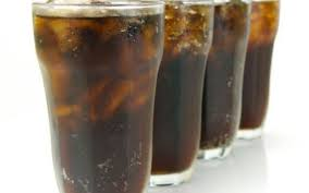 Imagini pentru coca cola in pahare