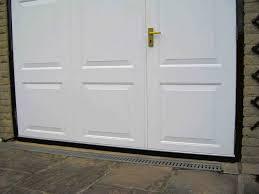 garage door bush 50mm long 3