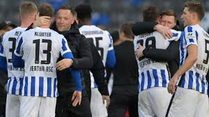 V., commonly known as hertha bsc, and sometimes referred to as hertha berlin, hertha bsc berlin, or simply hertha, is a german professional football club based in the locality of westend of the borough of. Bundesliga Corona Quarantane Fur Hertha Bsc Wirft Spielplan Uber Den Haufen Stern De