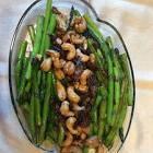 asparagus with cashews