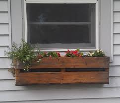 Diy Window Boxes Pallet Planter Pallets Planters And Window