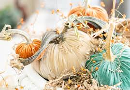 fall centerpiece with velvet pumpkins