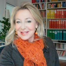 Sylvia French tutor Skype, Zoom - Learn French At Home