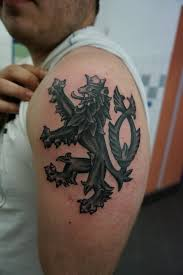 Tatér Láďa Mít Tetování Je Jako Jíst Chipsy Jeden Kousek Ti Nikdy