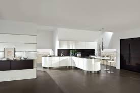 Weiße Hochglanz Küche – Modell 4030 von premio küche
