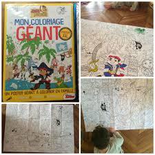 Coloriage Geant Disneyland L