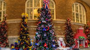 Christmas Lights Roanoke Va 2018 Fashions For Evergreens Hotel Roanoke