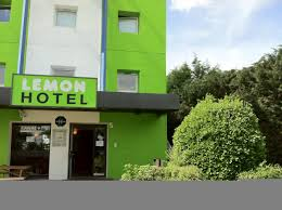 Hotel Green Lemon Hotel Lemon Longperrier Roissy France Bookingcom