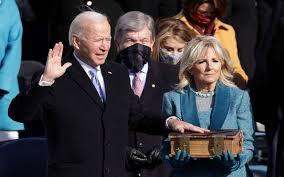 ماذا قال جو بايدن عن صدام وكيف وصفة هل سوف يقسم جو بايدن العراق من جديد. جو بايدن يؤدي اليمين الدستورية رئيسا للولايات المتحدة معلومات مباشر