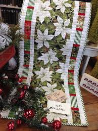 Best 25+ Christmas quilting ideas on Pinterest | Quilted table ... & Pretty Christmas fabric and pieced borders. Adamdwight.com