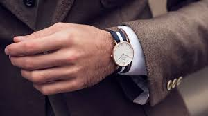 How To Choose A Watch For Your Wrist Size The Trend Spotter