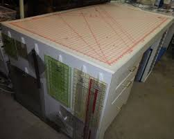 Best 25+ Fabric cutting table ideas on Pinterest   Craft tables ... & Rotary cutting mat 36x60 with link. Love the table ... gotta have one Adamdwight.com