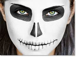 paint a sugar skull in photo for