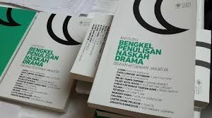 Hasil gambar untuk buku drama