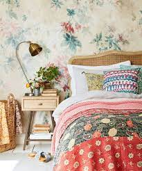 Romantic Country Bedroom Decorating ...