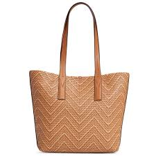 the stylish design which knit leather in chevron pattern it is an item gorgeous womanfully although being simple michael kors