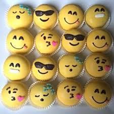 12 Best Emoji Desserts images | Emoji, Emoji cake, Desserts