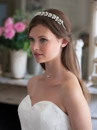 Svatební účes S čelenkou Je Velmi Krásný účesy Pro Svatbu Jak