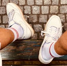 What <b>socks</b> to <b>wear</b> with your <b>sneakers</b> when you are a man?