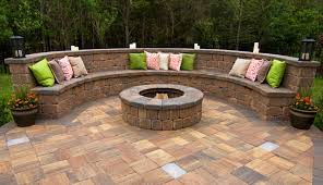 pavestone creating beautiful landscapes with pavers edgers wallore