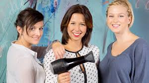 čtyři účesy Pro Kratší Vlasy Snadné A Rychlé Proženy