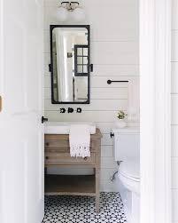 Pin by BECKI OWENS on b a t h r o o m s | Bathroom, Modern farmhouse ...