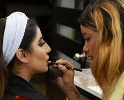 bee a professional makeup artist gain better career opportunities mumbai