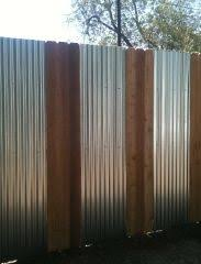Fine Sheet Metal Fence Corrugated With Wood Inside Decor