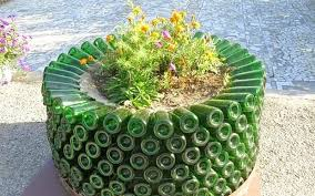 out-of-ordinary-garden-planters-03