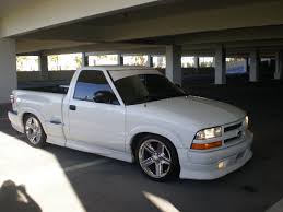 xtremo23 2000 Chevrolet S10 Regular Cab's Photo Gallery at CarDomain