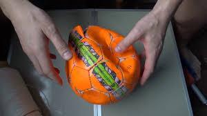 Ремонт футбольного <b>мяча</b>: как зашить или починить пробитый ...