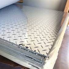 how to clean aluminum diamond plate