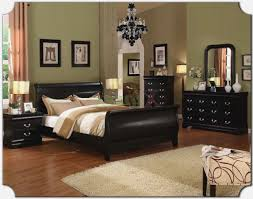 bedroom ideas for women in their 30s. Bedroom : Ideas For Women In Their 30s Large Dark Hardwood Pillows The Incredible Along N