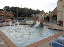 atlantis waterpark hotel and suites pictures photos wisconsin