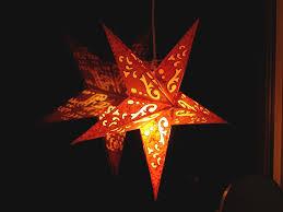 Stimmungsvolle Weihnachtsbeleuchtung Für Drinnen Und Draußen