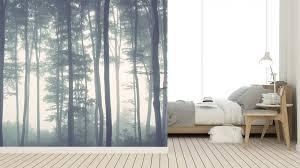 Vlies Fotobehang Bomen In Mistig Bos