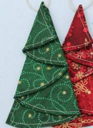 20 Free Quilted Christmas Tree Skirt Patterns  Guide PatternsQuilted Christmas Crafts