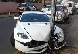 Pics Aston Martin Jeep Involved In Joburg Crash Wheels
