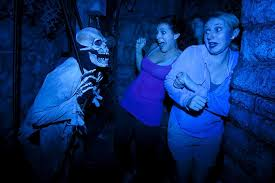 busch gardens haunted house. which scary virginia theme park experience suits you? - virginia\u0027s travel blog busch gardens haunted house