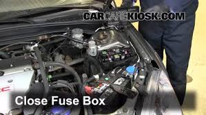 blown fuse check 2002 2006 acura rsx 2002 acura rsx type s 2 0l 6 replace cover secure the cover and test component