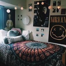 Photo 6 of 7 Awesome Posters For Bedroom #8: Tumblr Bedrooms With Lights  And Tapestry