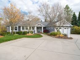 619 Myrtle Ave, Holland, MI 49423 | Zillow