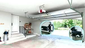 garage door doesn t close garage door t close all the way garage door opener won garage door doesn t close
